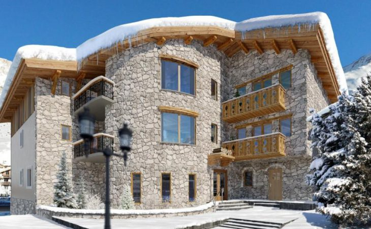 No.5 Aspen House, Val d'Isere, External