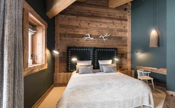 Chalet O Valala, Val d'Isere, Double Bedroom