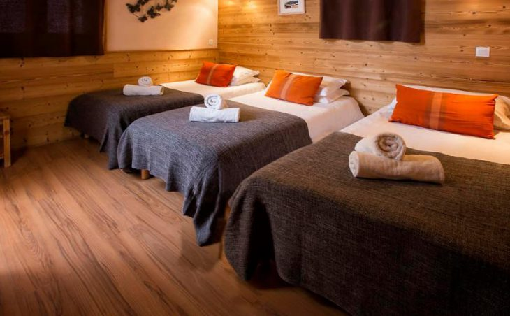 Pierra Menta 1, La Plagne, Triple Bedroom