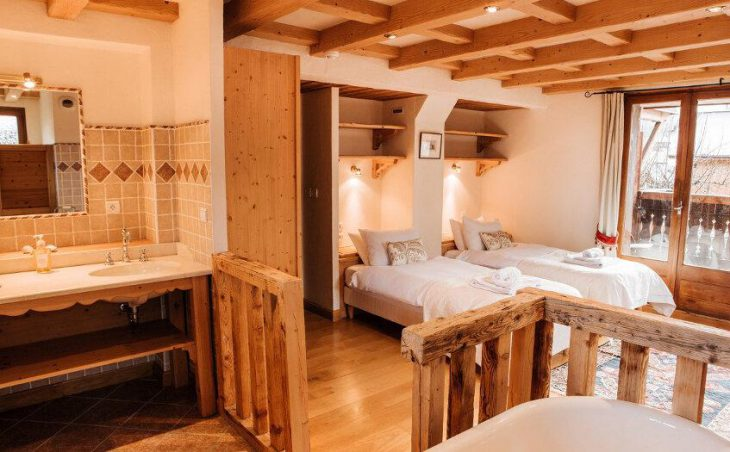 Chalet Alp Inn (Catered) in Morzine , France image 6