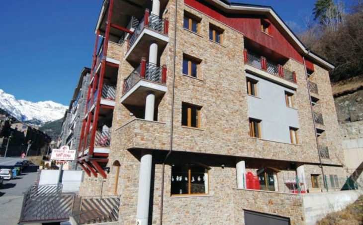 Sant Roma Apartments, Arinsal, External