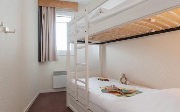 Sepia, Avoriaz, Bunk Bedroom