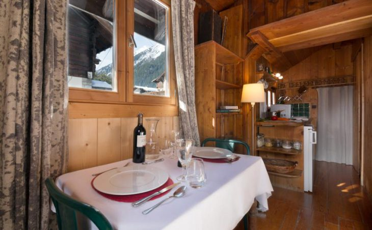 Stephen's Mazot, Chamonix, Dining Table