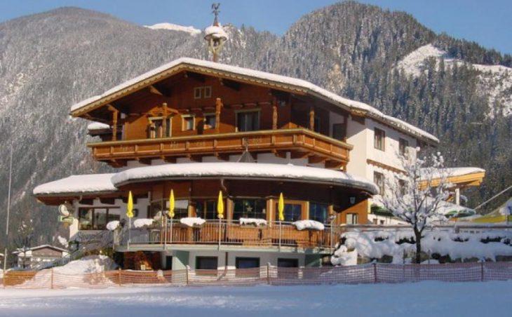 Chalet Stoanerhof, Mayrhofen