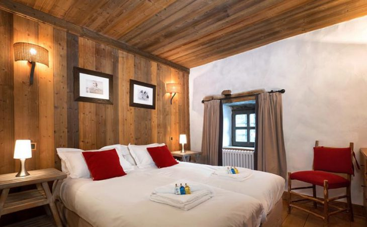 The Farmhouse, Val dIsere, Double Bedroom
