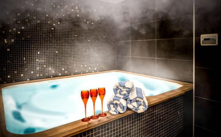 The Loft, Courchevel, Hot-tub