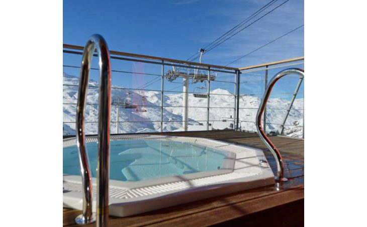 Club Med Val Thorens Sensations, Hot tub