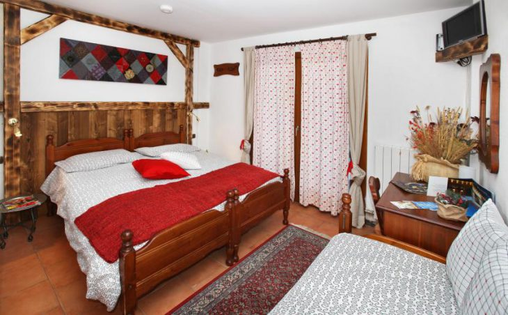 Hotel Chalet Del Sole (Half Board) in Sauze d'Oulx , Italy image 4