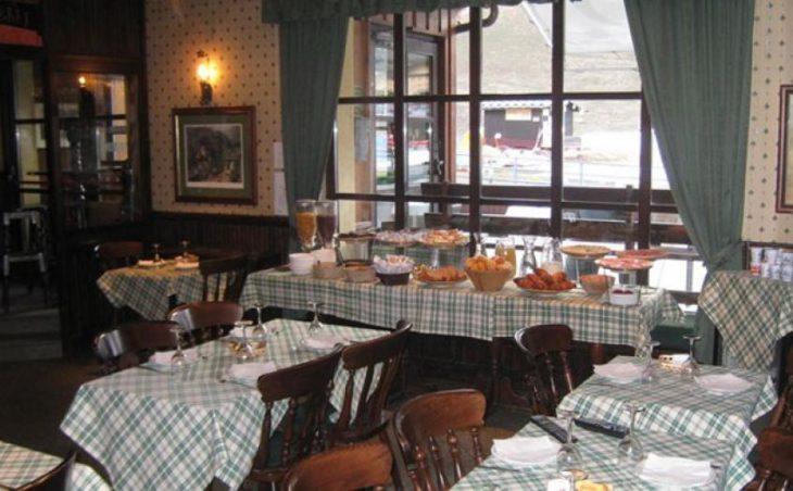 Chalet Hotel Dragon, Cervinia, Dining Room