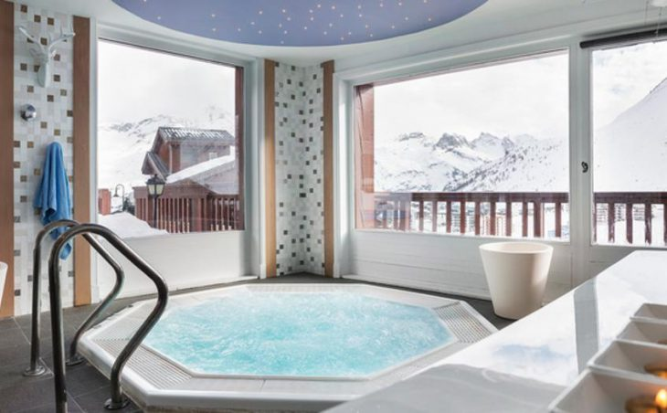 Village Montana Hotel in Tignes , France image 3