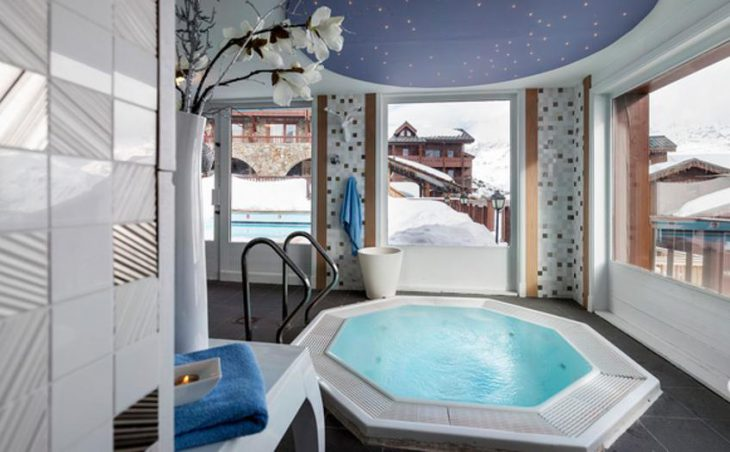 Village Montana Hotel in Tignes , France image 4