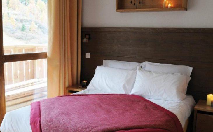 Apartments Les Chalets Edelweiss in La Plagne , France image 3