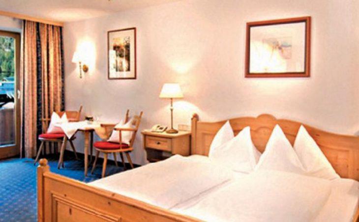 Hotel Kramerwirt, Mayrhofen, Bedroom