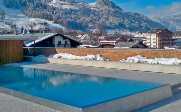Hotel Schwarzer Adler, Kitzbühel, Outdoor pool