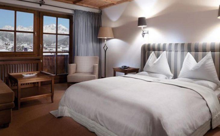 Hotel Schwarzer Adler, Kitzbühel, Double room
