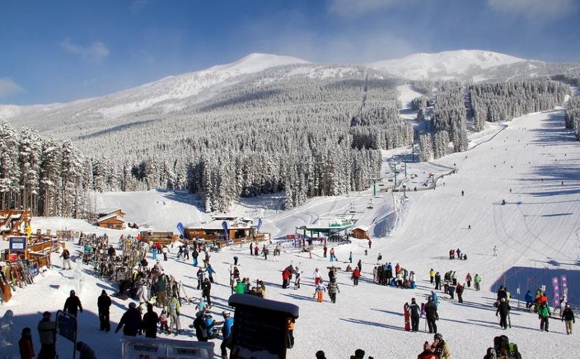 Ski Holidays Lake Louise