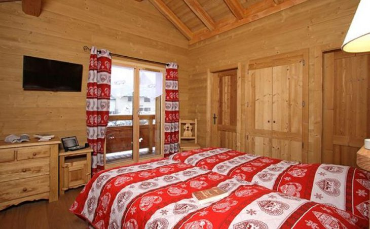 Chalet Le Renard Lodge in Les Deux-Alpes , France image 9