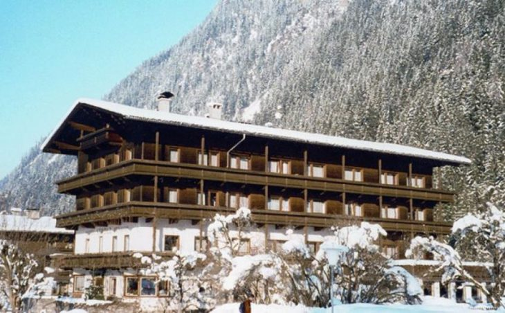 Hotel Strolz, Mayrhofen, Exterior