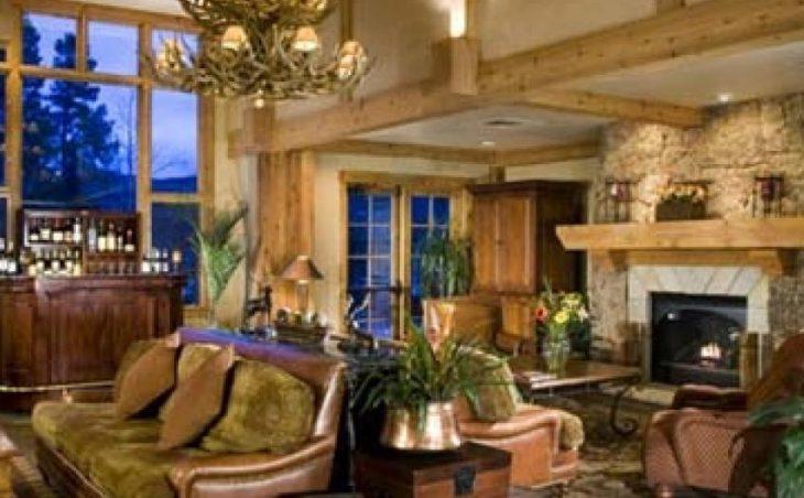 Mountain Thunder Ski Lodge in Breckenridge , United States image 3