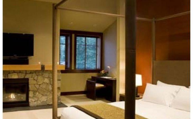 Nita Lake Lodge in Whistler , Canada image 4