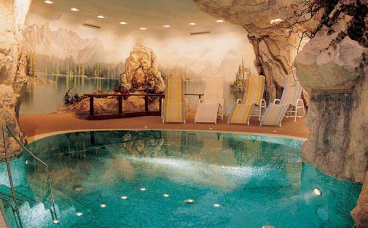 Hotel Adler Dolomiti in Ortisei , Italy image 4