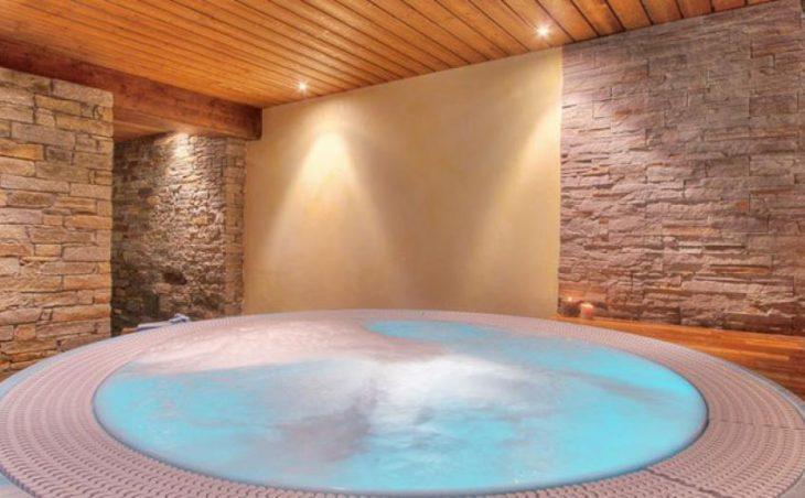 Hotel Araucaria in La Plagne , France image 6