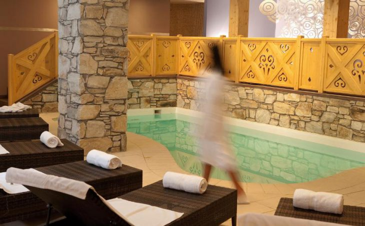 Chalet Hotel Le Savoie (Family) in Val dIsere , France image 4