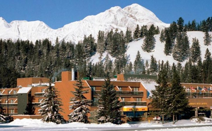 Sawridge Hotel in Jasper , Canada image 8