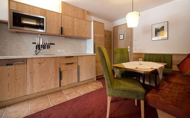 Hotel Garni Schonblick in Obergurgl , Austria image 2