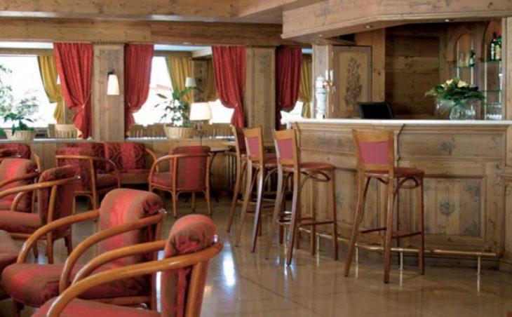 Hotel Les Champs Fleuris in Morzine , France image 2