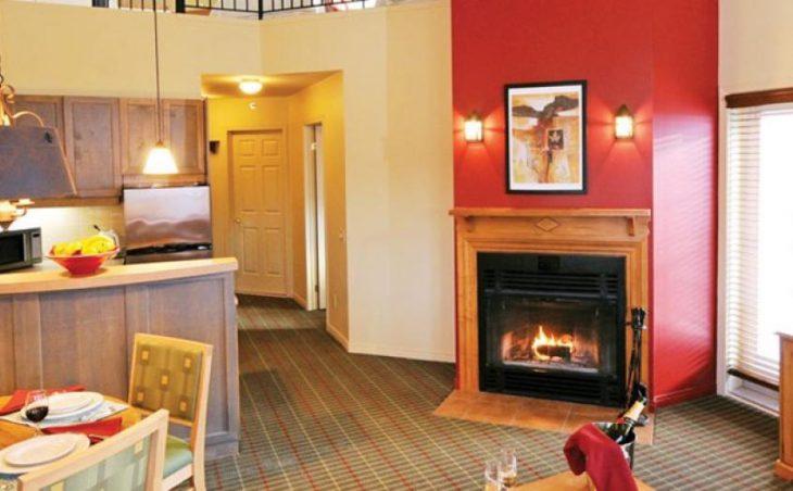 Hotel Ermitage Du Lac in Tremblant , Canada image 4