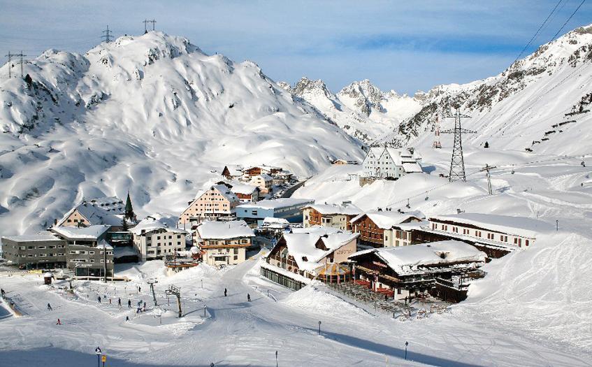Ski Holidays St Christoph
