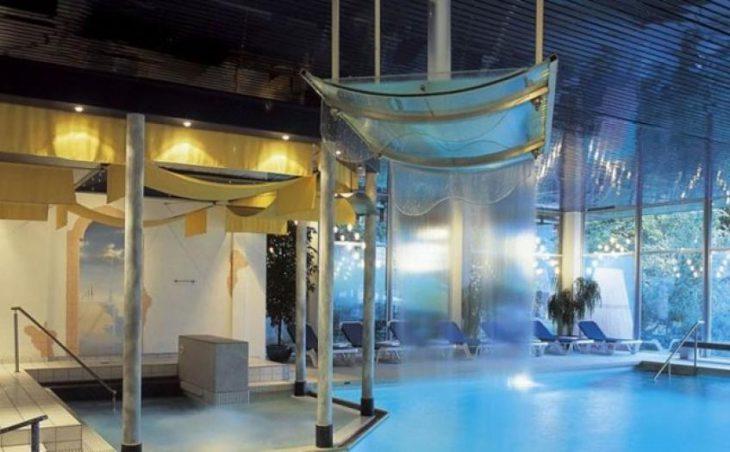 Hotel Caprice in Wengen , Switzerland image 2